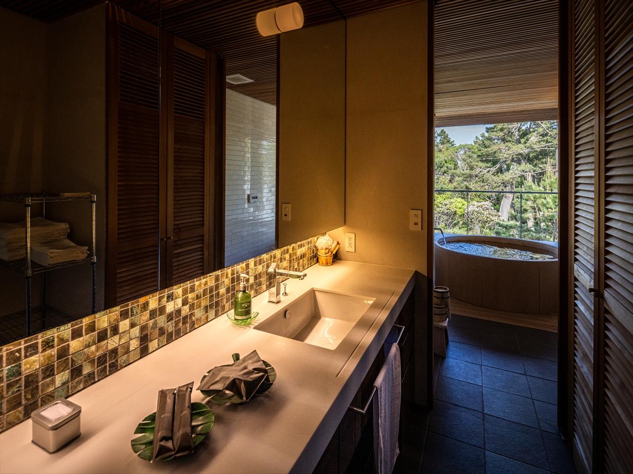 珍しい檜のお風呂